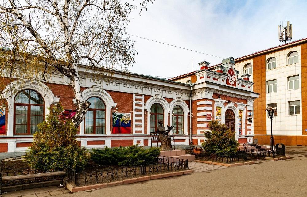 mariinsk vesna 2019-памятник Марии
